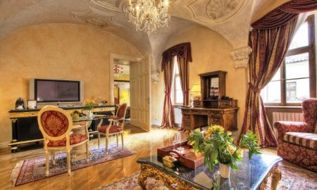 # 101 - Alchymist Suite - Living room (2)