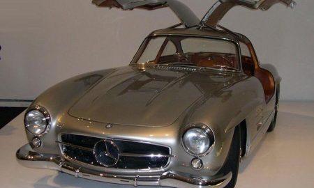 Mercedes-Benz 300 SL Gullwing z roku 1956, klenot aukce