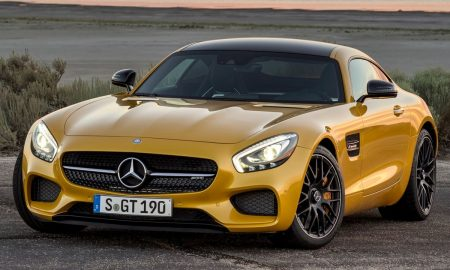2016_Mercedes-Benz_AMG_GT_S_2dr_Coupe_40L_8cyl_Turbo_7AM_6265811