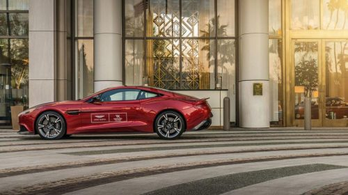 Ve Waldorf Astoria Beverly Hills čeká Aston Martin