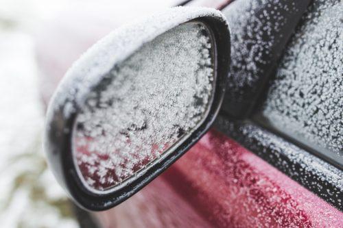 Venkovní parkování a zima nejdou ruku v ruce