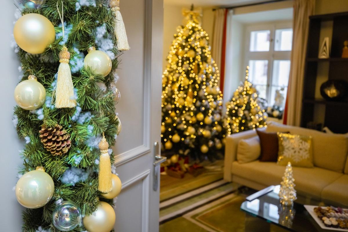 Probudit se uprostřed vánoční pohádky ukryté v luxusním apartmá