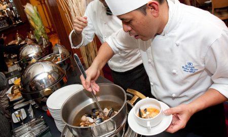 Šéfkuchař z Cancunu Carlos Ozuna