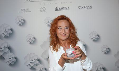 Charming4ever com_Simona Stasova se stala tvari prirodni svycarske kosmetiky 1