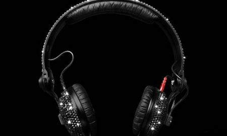 Crystal-Rocked-unveils-Sennheiser-HD25-Swarovski-headphones3