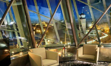 Praha - Dancing House Hotel - TANČÍCÍ DŮM - 2016-07Libor Svacek, Kaplicka 447, 381 01 Cesky Krumlov, CZ. E- mail:  box@fotosvacek.cz