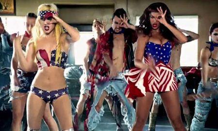 Vlevo Lady Gaga, vpravo Beyoncé při nácviku choreografie společného pěveckého vystoupení.
