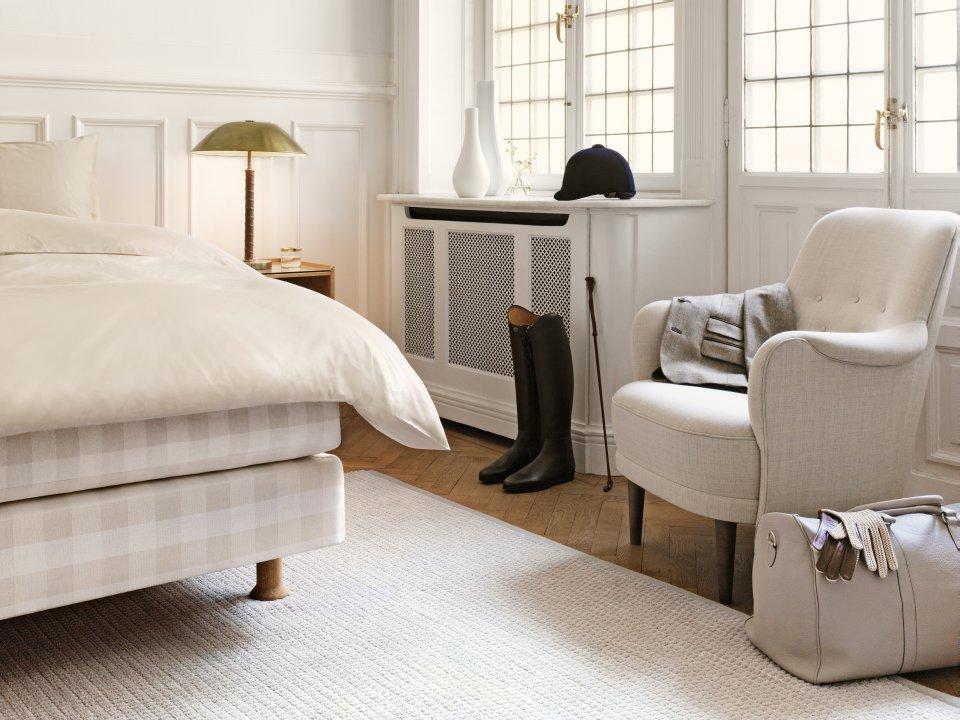 luxusn edice postel h stens stockholm white. Black Bedroom Furniture Sets. Home Design Ideas