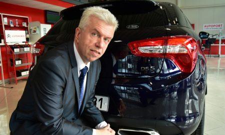 Jaroslav Svěcený s vozem DS 5 044