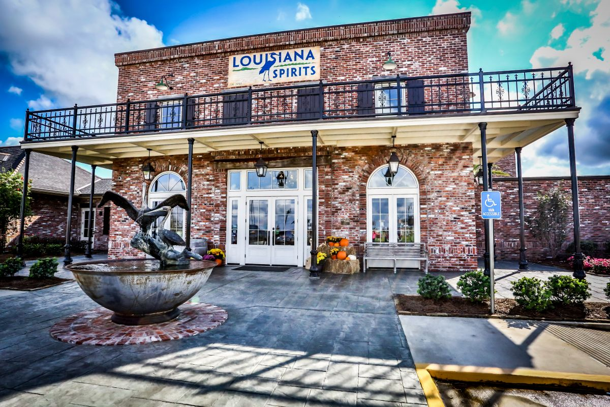 Louisiana Spirits Distillery building_14811