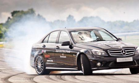 Mercedes-Benz v driftu