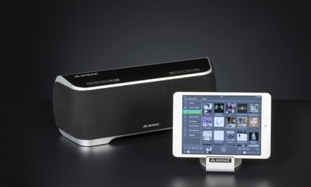 Musaic MP10 with iPad Mini b