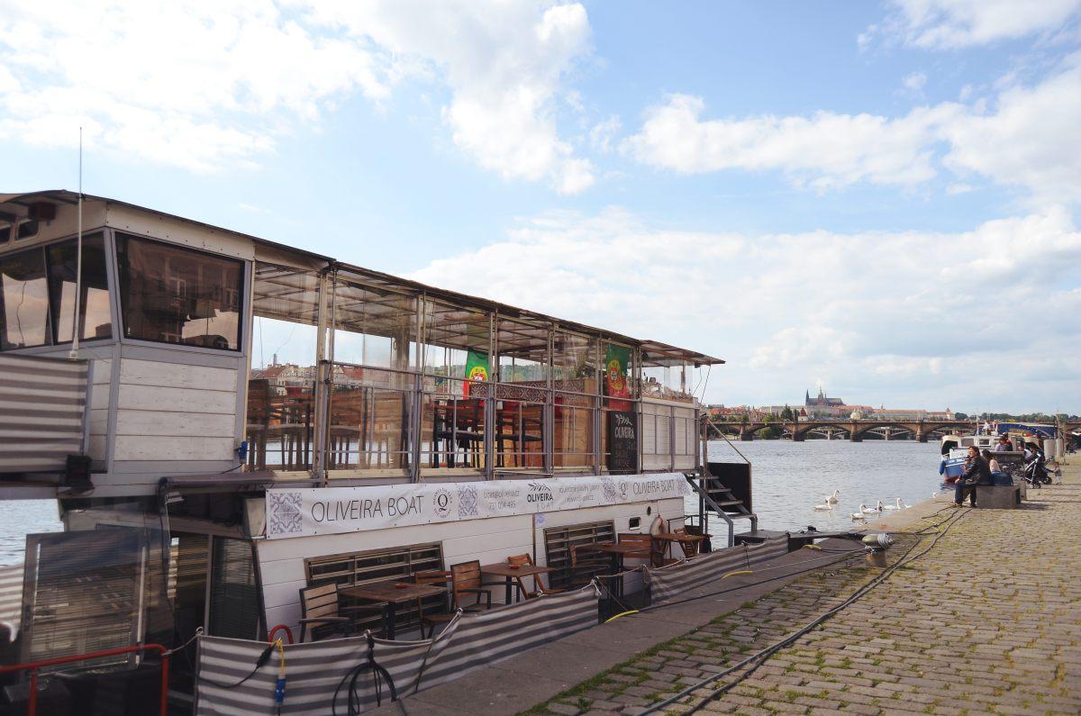 Oliveira boat (12)