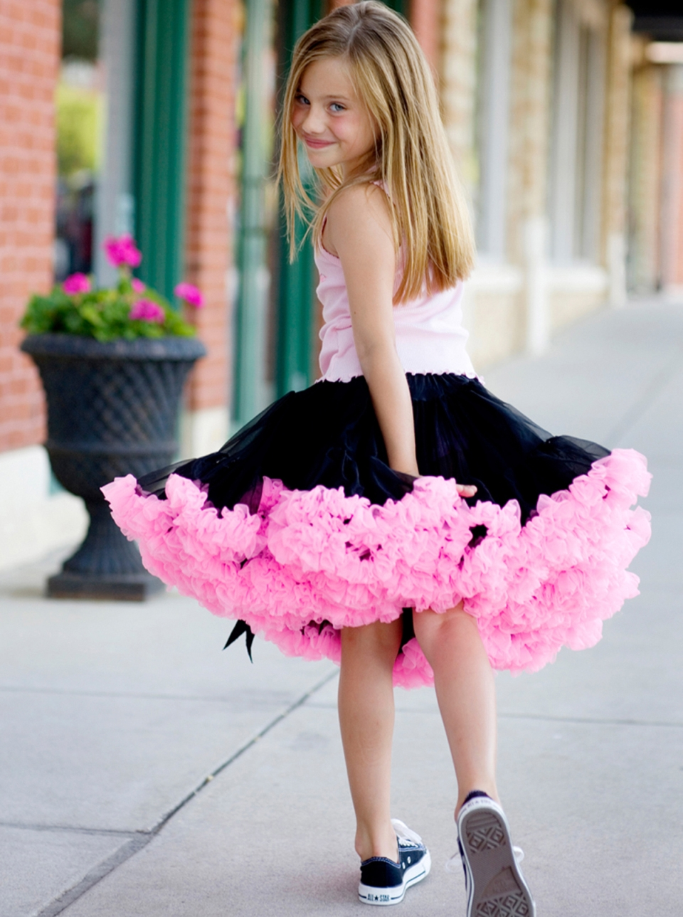 Oopsy Daisy Baby black hot pink pettiskirt