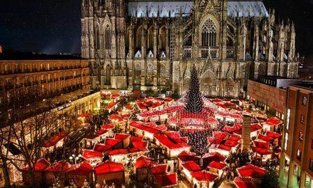 Weihnachtsmarkt_am_Kolner_Dom_cathedral_Christmas_market_cologne_02