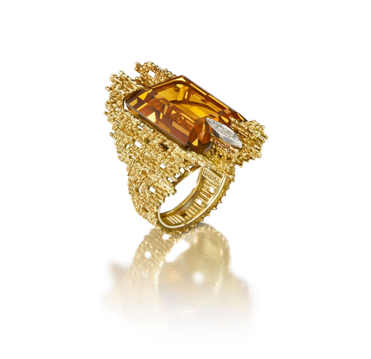 citrine-ring-by-andrew-grima