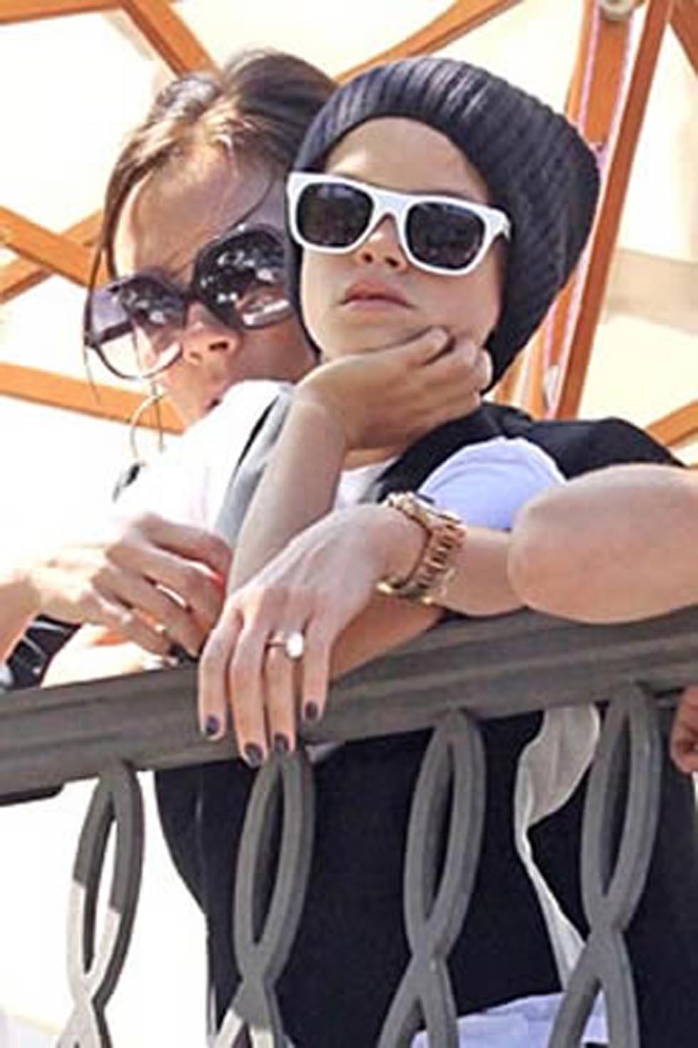 Romeo miluje sluneční brýle, tak jako máma Victoria