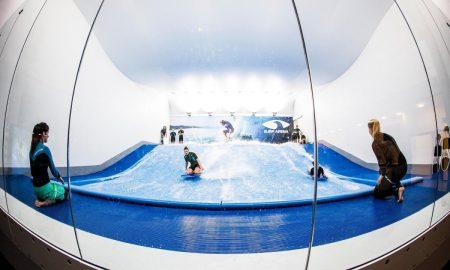 surf-arena-v-praze-indoor-simulator-s-umelou-vlnou-otevreni-opening-praha-letnany-2016-rezervace