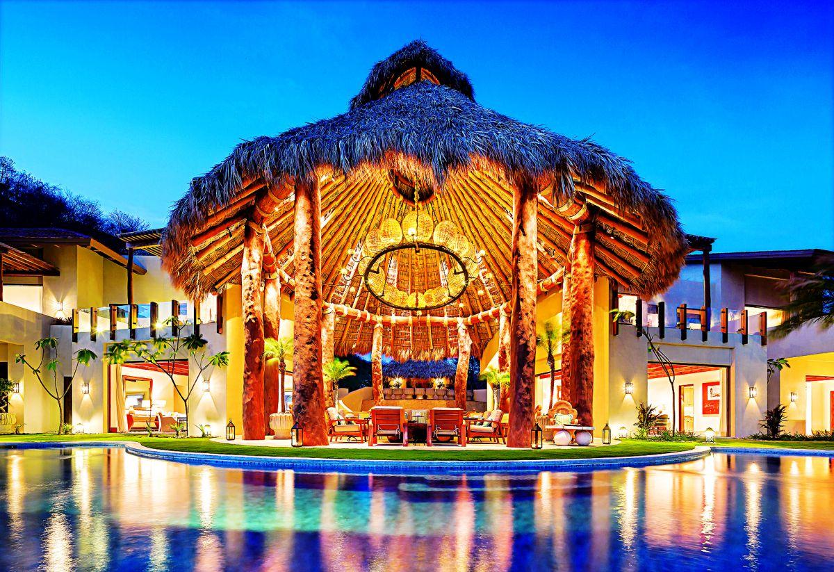 web_Casona Don Carlos_view from pool