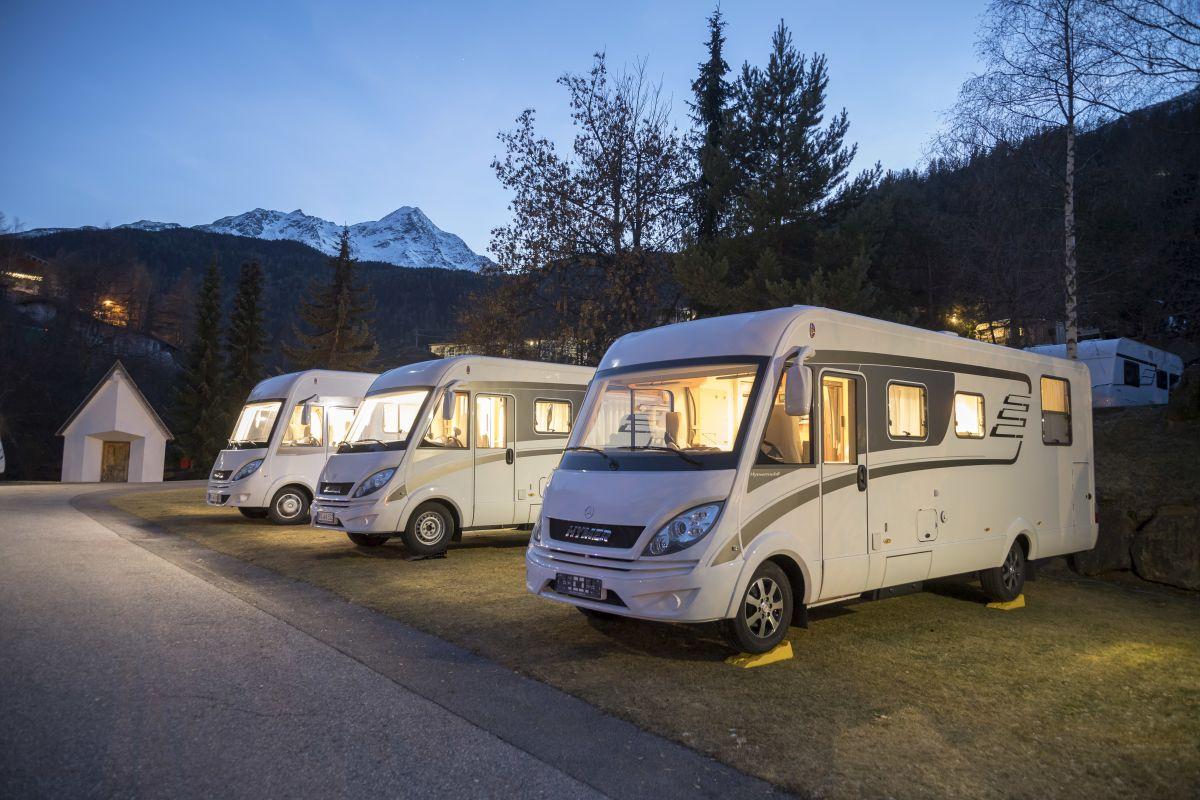 Hymer ML-I auf Basis Mercedes-Benz Sprinter 4x4 – Exterieur ; Hymer ML-I on Mercedes-Benz Sprinter 4x4 base – Exterior;