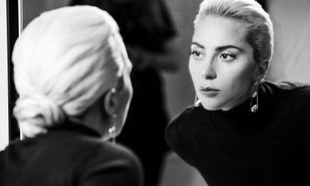 web_Lady-Gaga-behind-the_4270