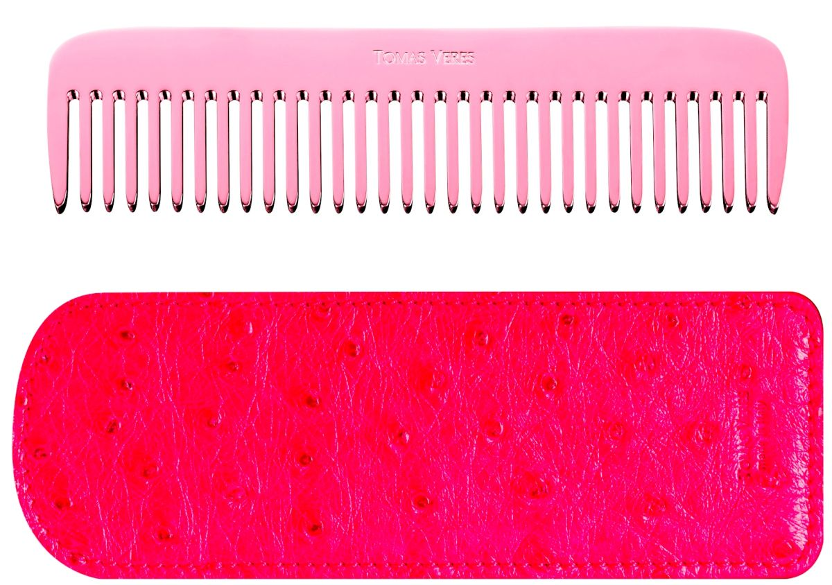 web_Tomas Veres Pantheon comb in pink gold and red leather case