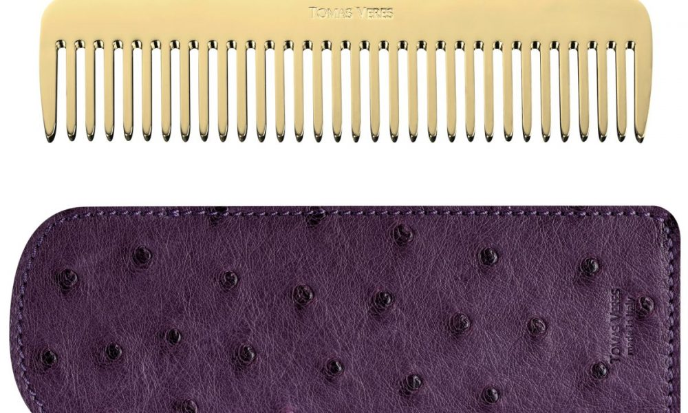web_Tomas Veres Pantheon comb in yellow gold and purple leather case