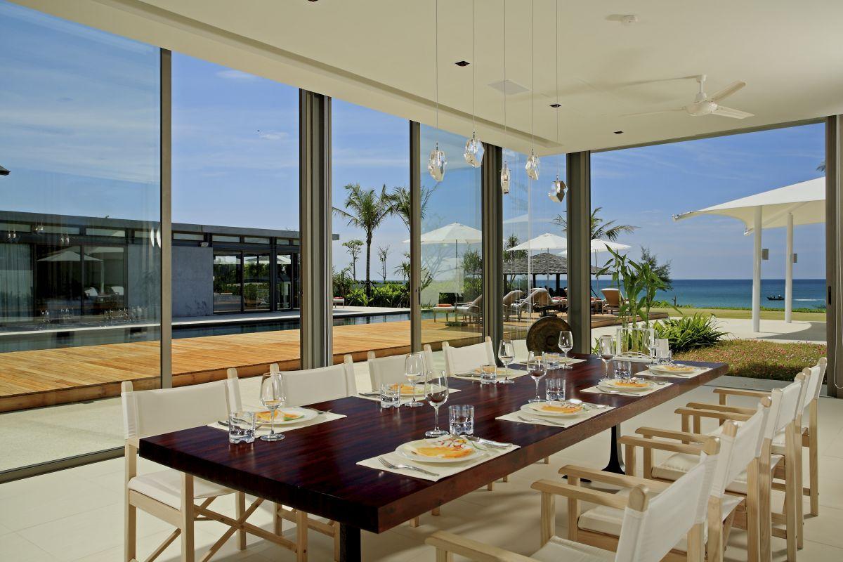 web_Villa Malee Sai - Dining area outook