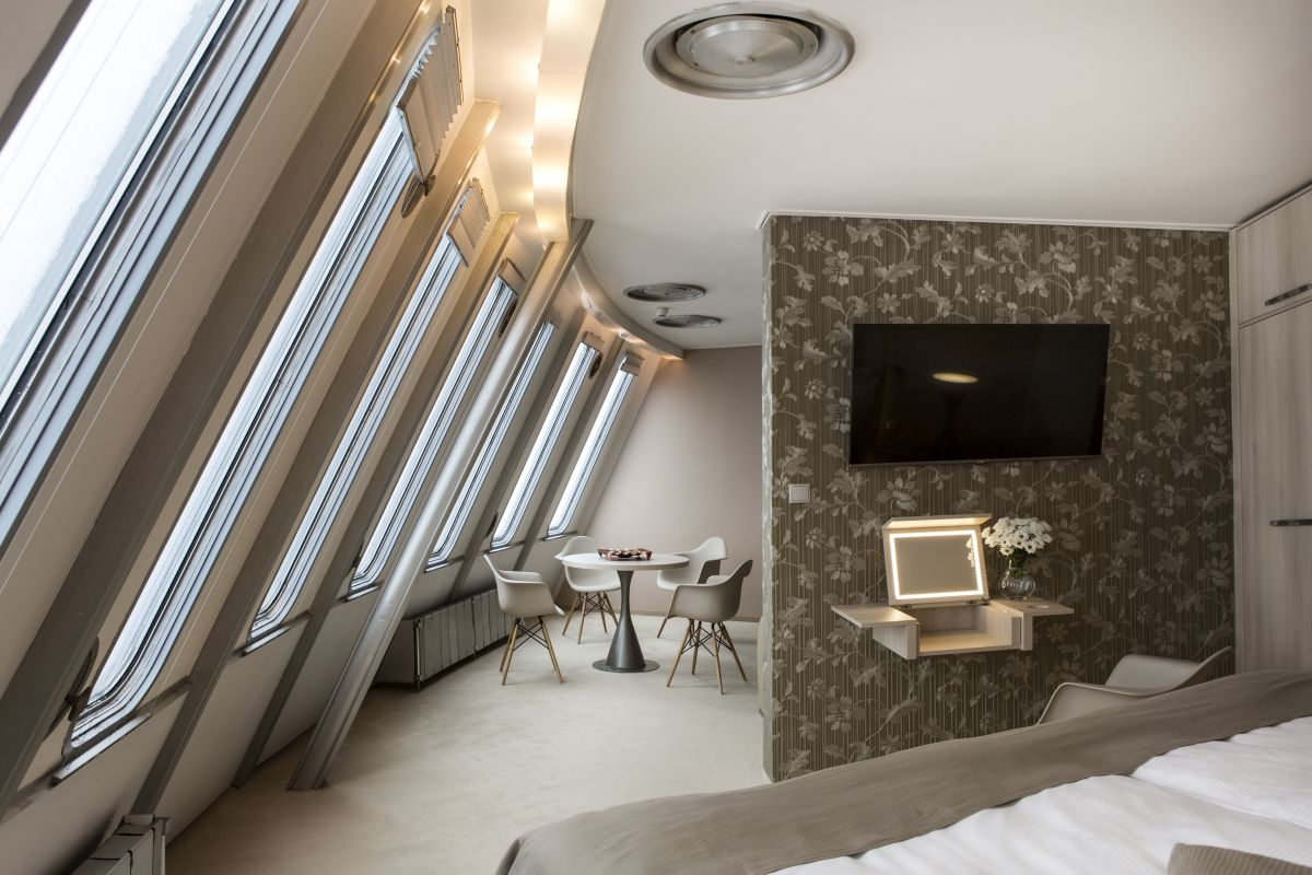 web_hotel_jested_apa2