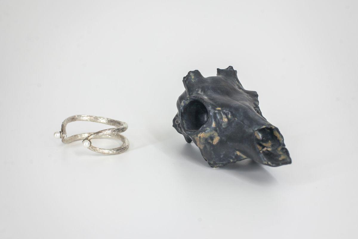 web_perlový náramek Antiperle info o ceně v design store a lebka srnce Shit Happens, cena 2690Kč